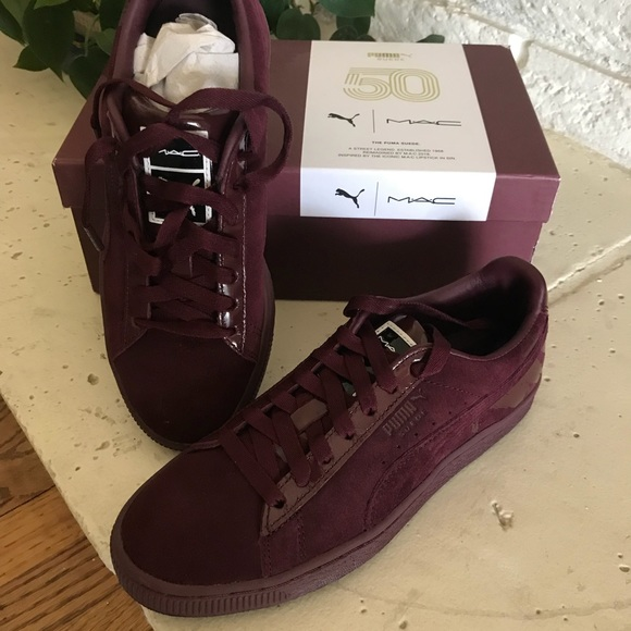 cheap for discount 897f6 c5cc6 Puma Suede MAC edition Maroon sneakers.